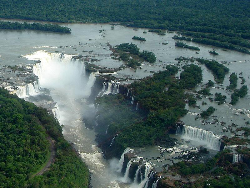 Cataratas del Iguazù. Verlas desde Brasil, vivirlas desdeArgentina