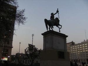 Primera_estatua_a_San_Martín,_Stgo_de_Chile
