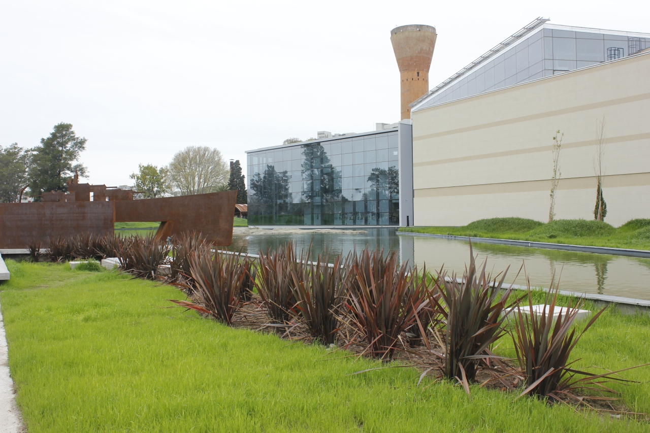 Nuevo Museo de Malvinas. Las tierras sin álamos niluna….